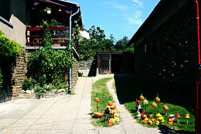 Preciosos jardines chalets Lago Balaton
