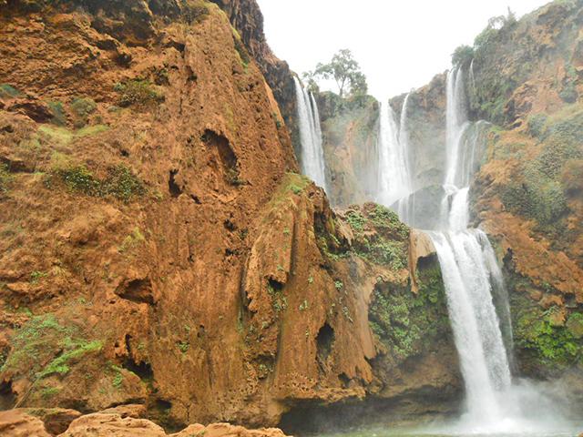 Salto agua cascadas Ouzoud Marruecos