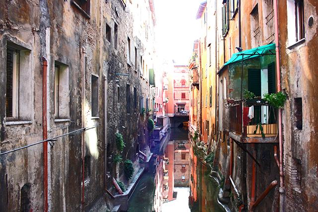 Canal delle Moline vía Piella 18 Bolonia
