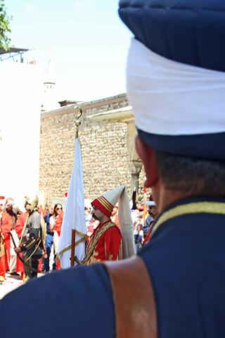 Desfile soldados patio Palacio Topkapi Estambul