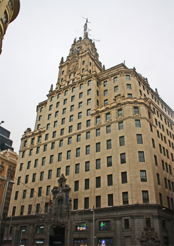 Fachada edificio Telefónica Gran Vía Madrid