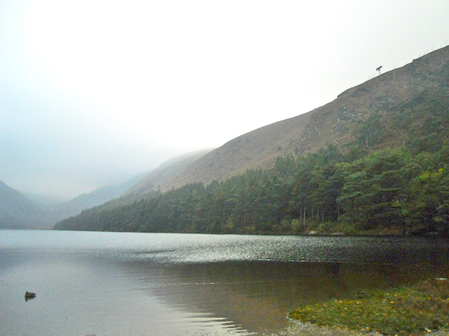 Panorámica lago Mayor Glendalough Condado Wicklow Irlanda