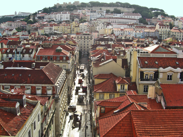 Vistas Alfama y Castillo de San Jorge Lisboa