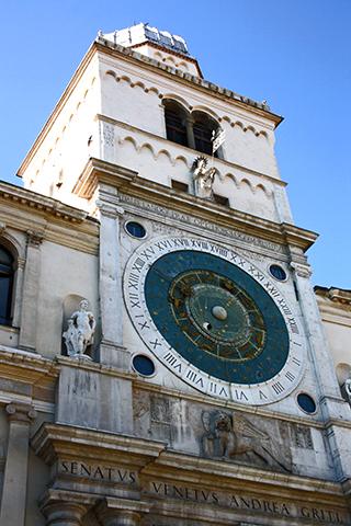 Torre reloj ayuntamiento 1344 Padua