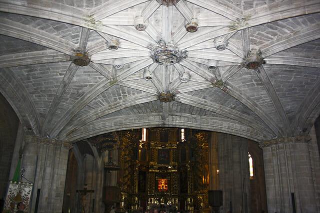 Curce archos pilares altar mayor iglesia Santa María Morella Castellón