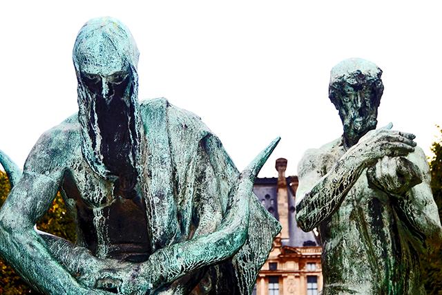 Esculturas terror verdes Jardines de las Tullerías París