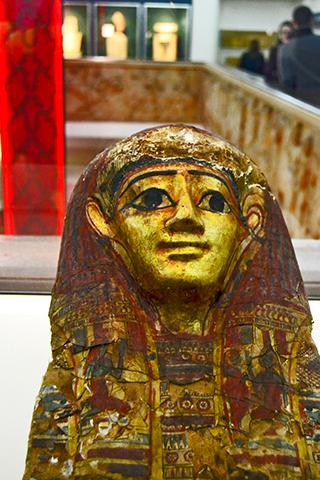 Estatua faraón City Museum and Art Gallery Birmingham