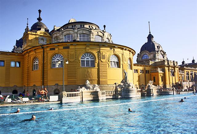 Piscina aire libre Balneario Széchenyi Budapest
