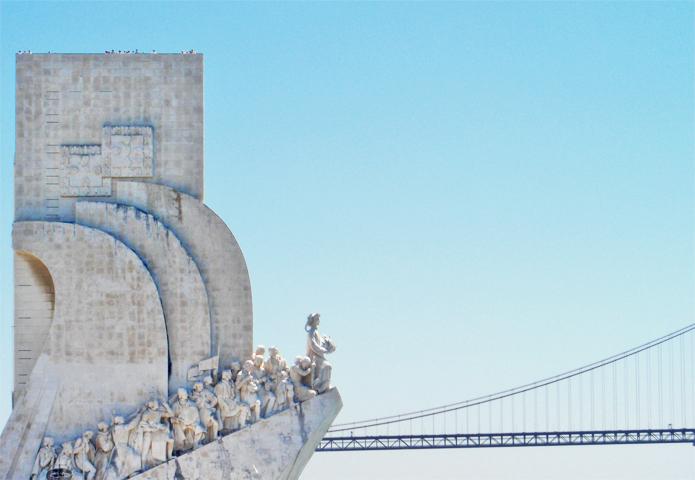 Perfil Monumento a los Descubridores y Puente 9 de Julio Belén Lisboa