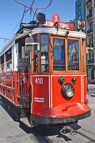 Tranvía rojo Istiklal Caddesi Estambul