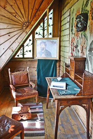 Decoración interior escritorio vivienda madera Zakopane Polonia