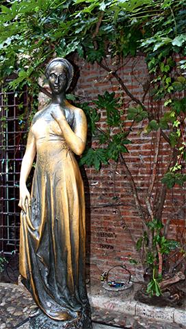 Escultura Julieta Casa natal Verona