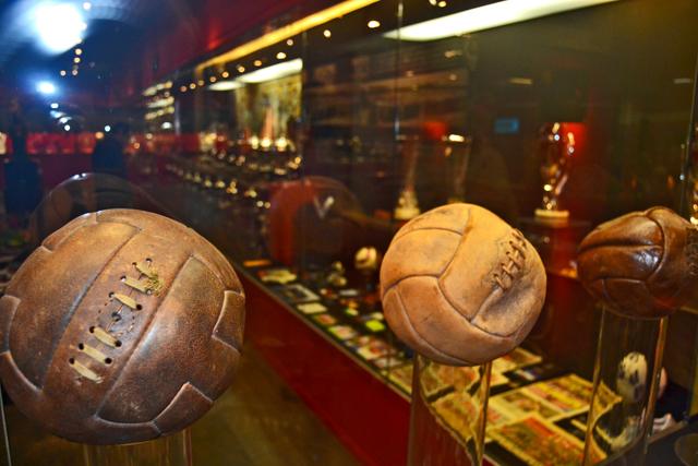 Pelotas cuero Museo Atlético Madrid Estadio Vicente Calderón