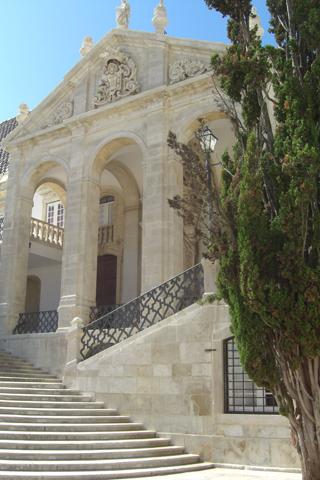 Fachada principal Universidad de Coimbra