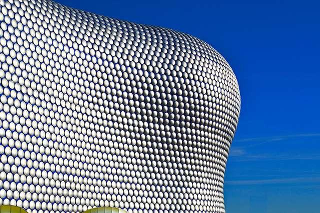 Futurista Selfridges Birmingham bolas titanio centro comercial