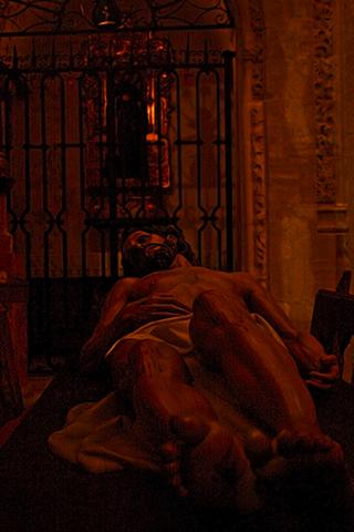 Escultura Cristo yacente catedral Cuenca