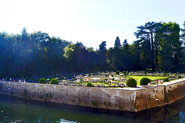 Vistas jardines cuidados río Castillo Chenonceau Francia