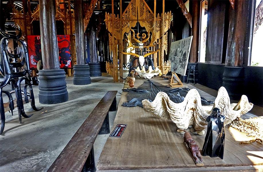 Animales disecados Casa Negra Chiang Rai